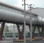 Мини-вокзал над рельсами